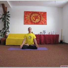 PADMASANA - Postura Lotusului - cu execuția lui Jnana Mudra